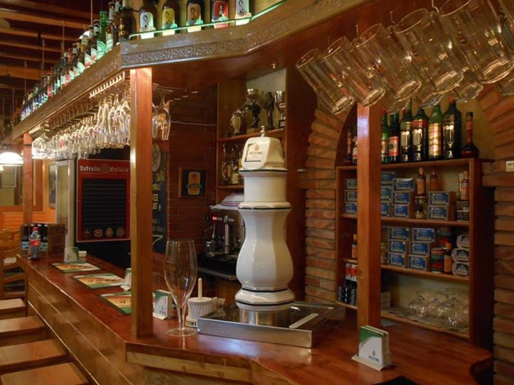 Cal Peter Restaurants A Tarragona Pinterest Restaurants # Gemma Povo Muebles Barcelona