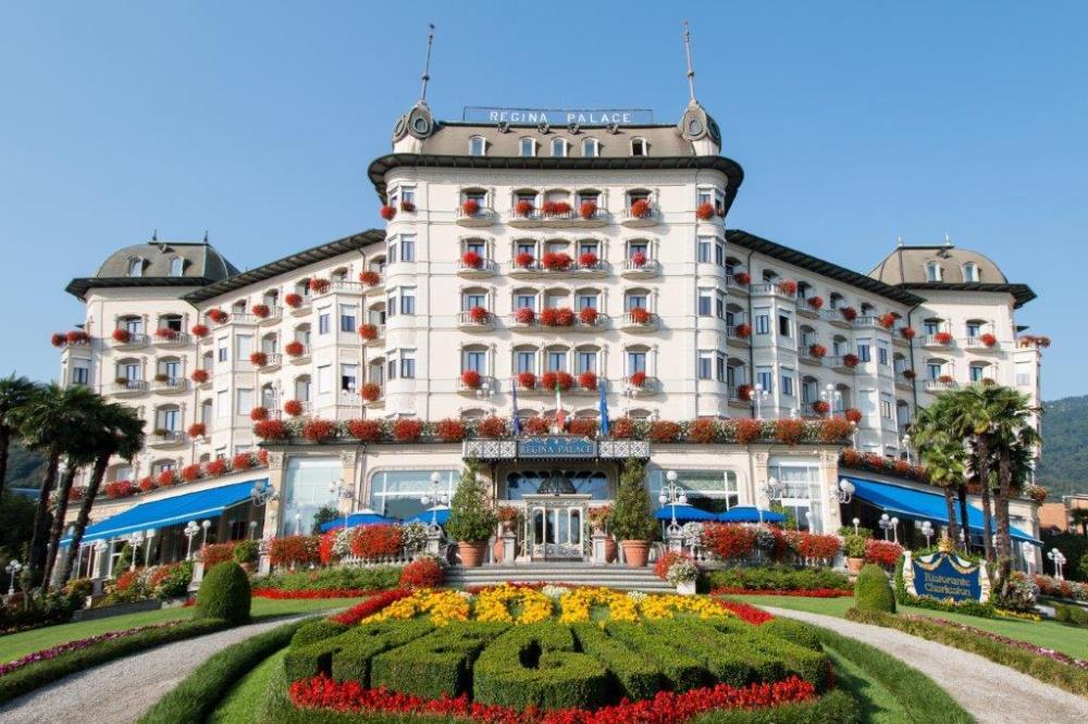 Booking Com Hotel Regina Palace Stresa Italien 1496 Gästebewertungen Buchen Sie Jetzt Ihr Hotel Stresa Italy Italy Hotels Hotel