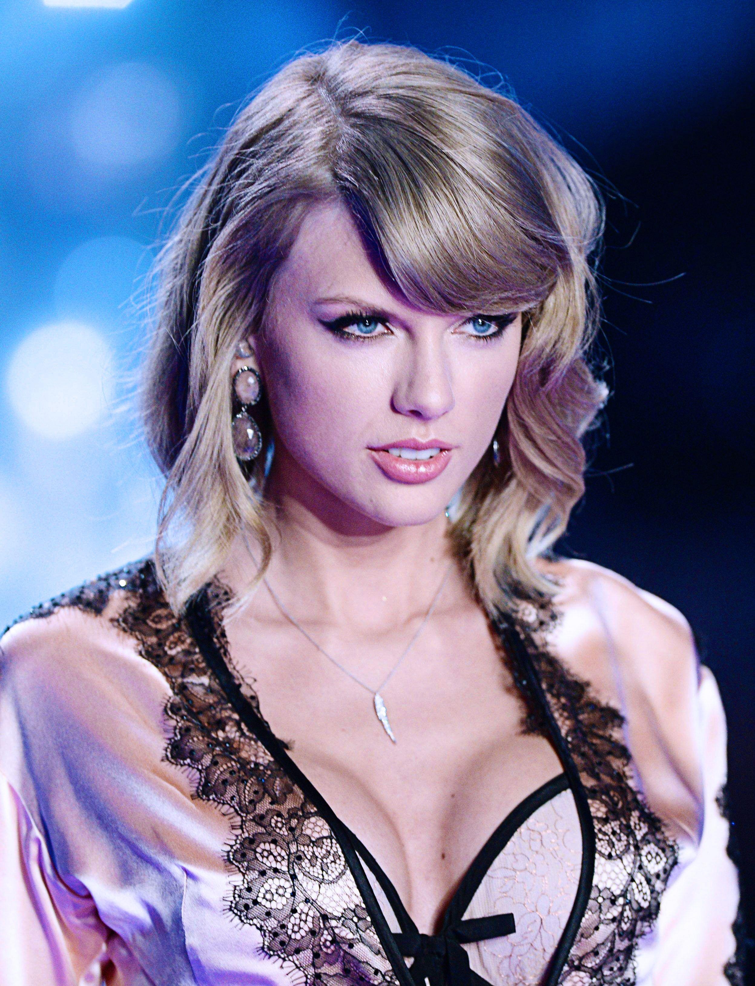 Taylor Swift Taylor Swift Hot Taylor Swift Pictures Long Live