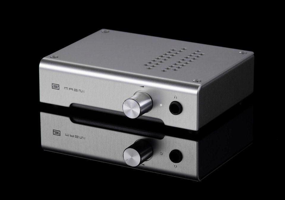 Schiit Audio Headphone Amps And Dacs Made In Usa Headphone Amp Audio Sennheiser Momentum