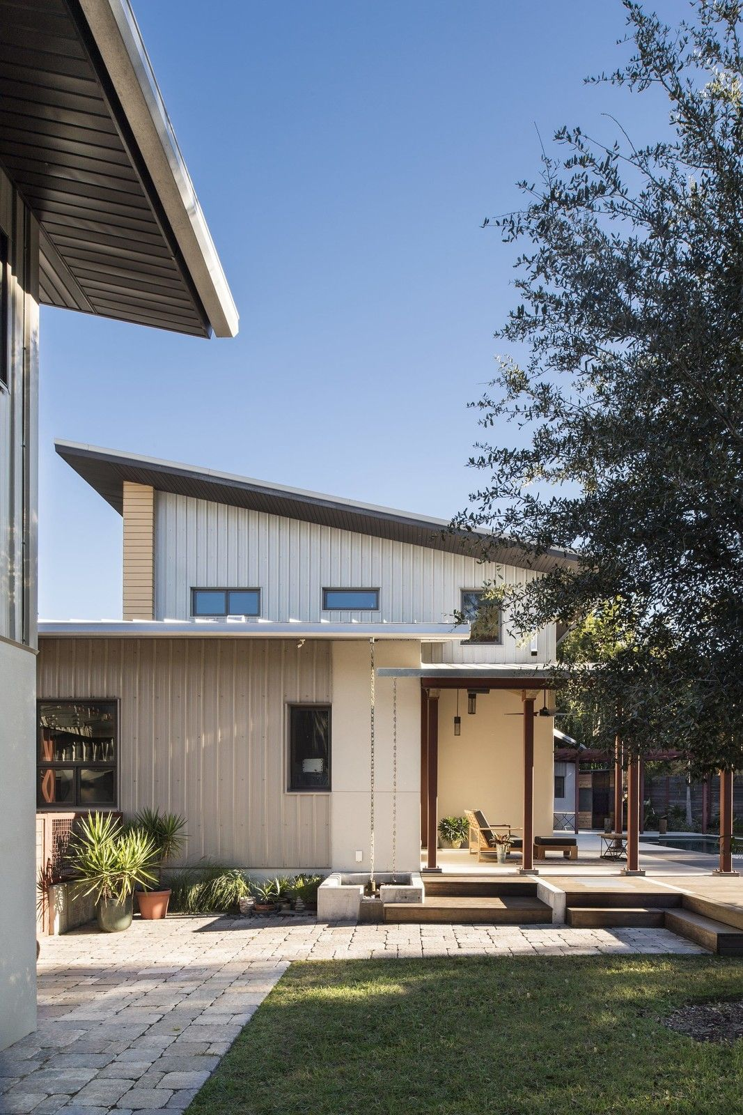 Lakeside Collection Patio Furniture: 1600 Lakeside Modern Home In Orlando, Florida