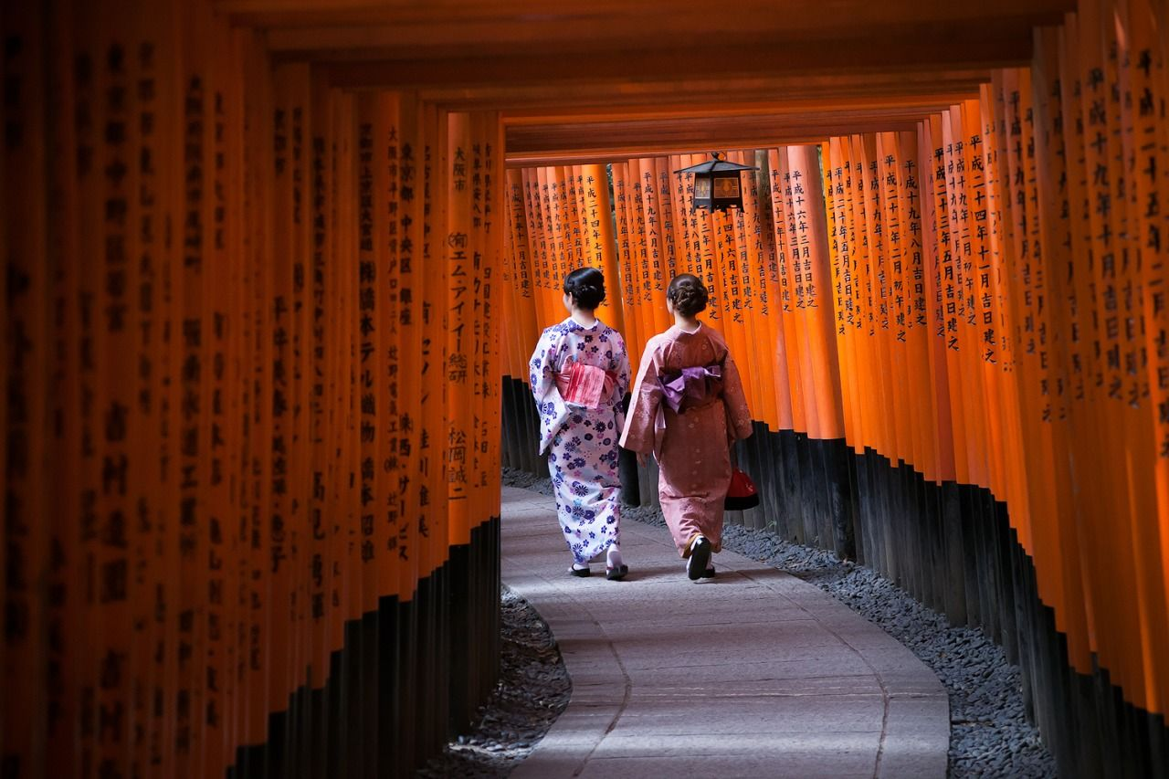 Photo of the Day: Stroll Through Fushimi Inari Shrine Photo by Levi Drevlow (Rothsay, MN); Kyoto, Japan