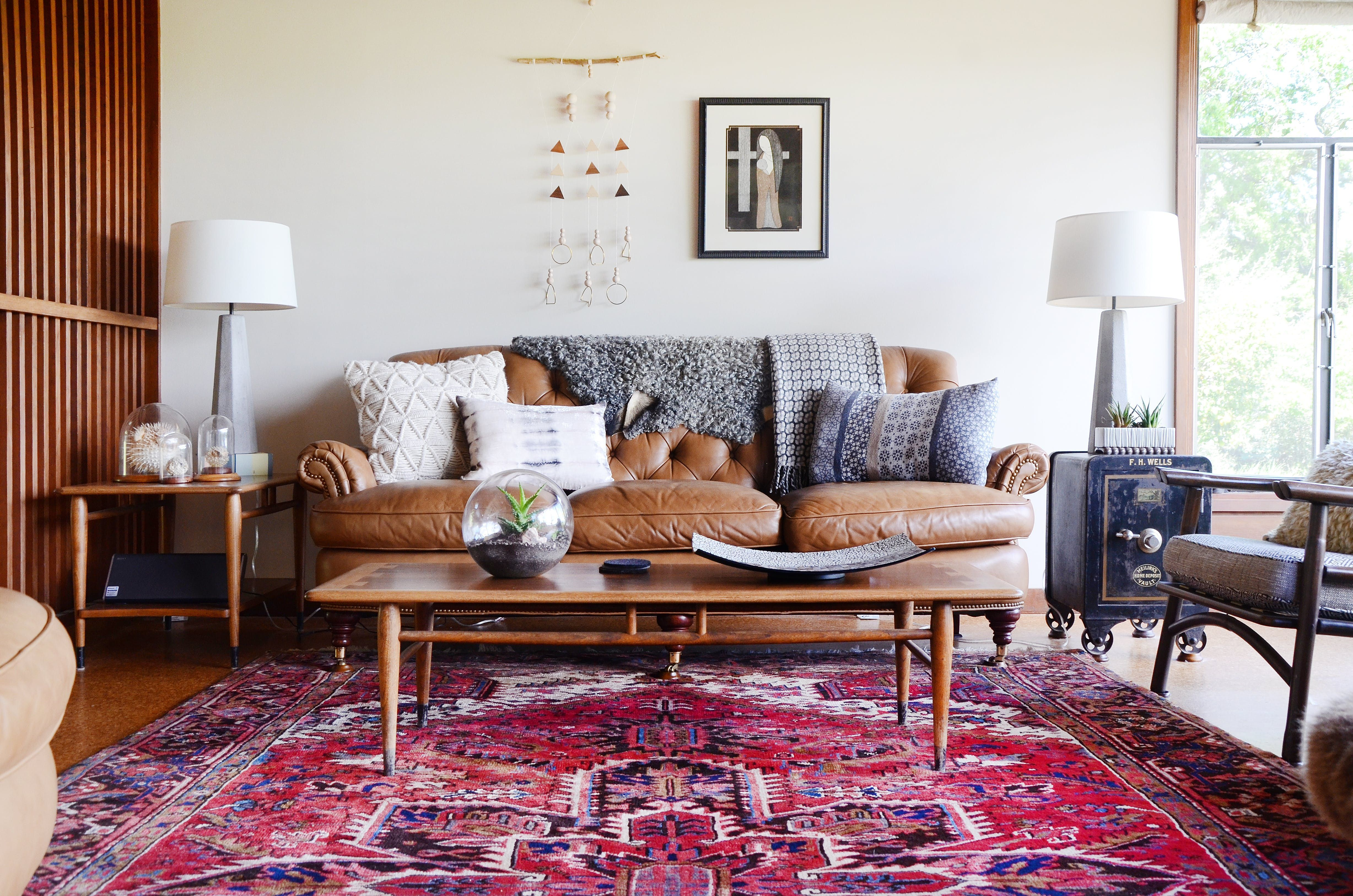Couple home Aesthetic - Tour a Woodsy MCM Tear Down That ...