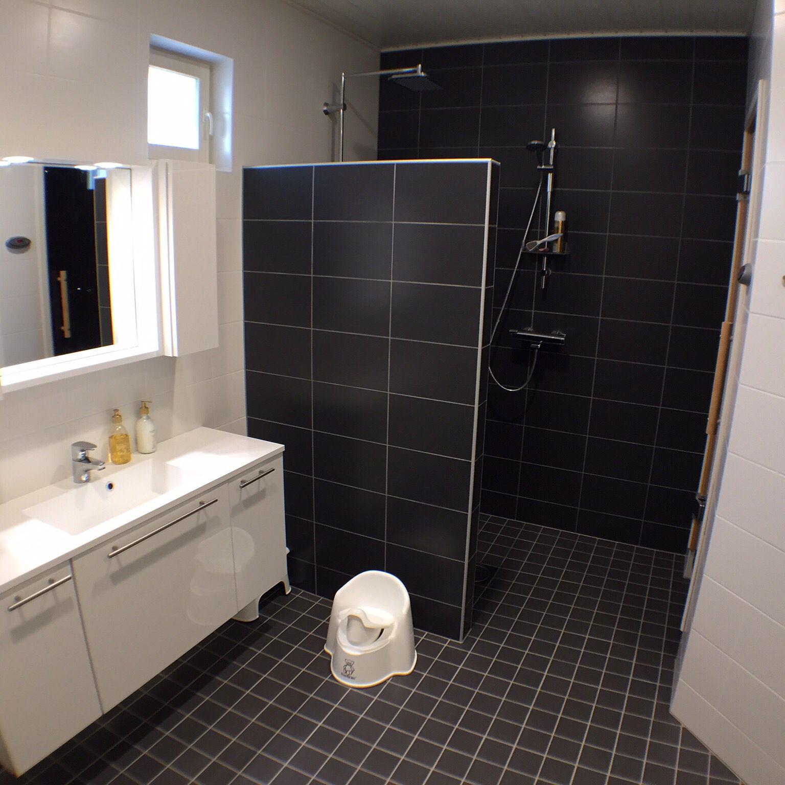 Puustelli bathroom and sauna / badrum och bastu / kylpyhuone ja ...