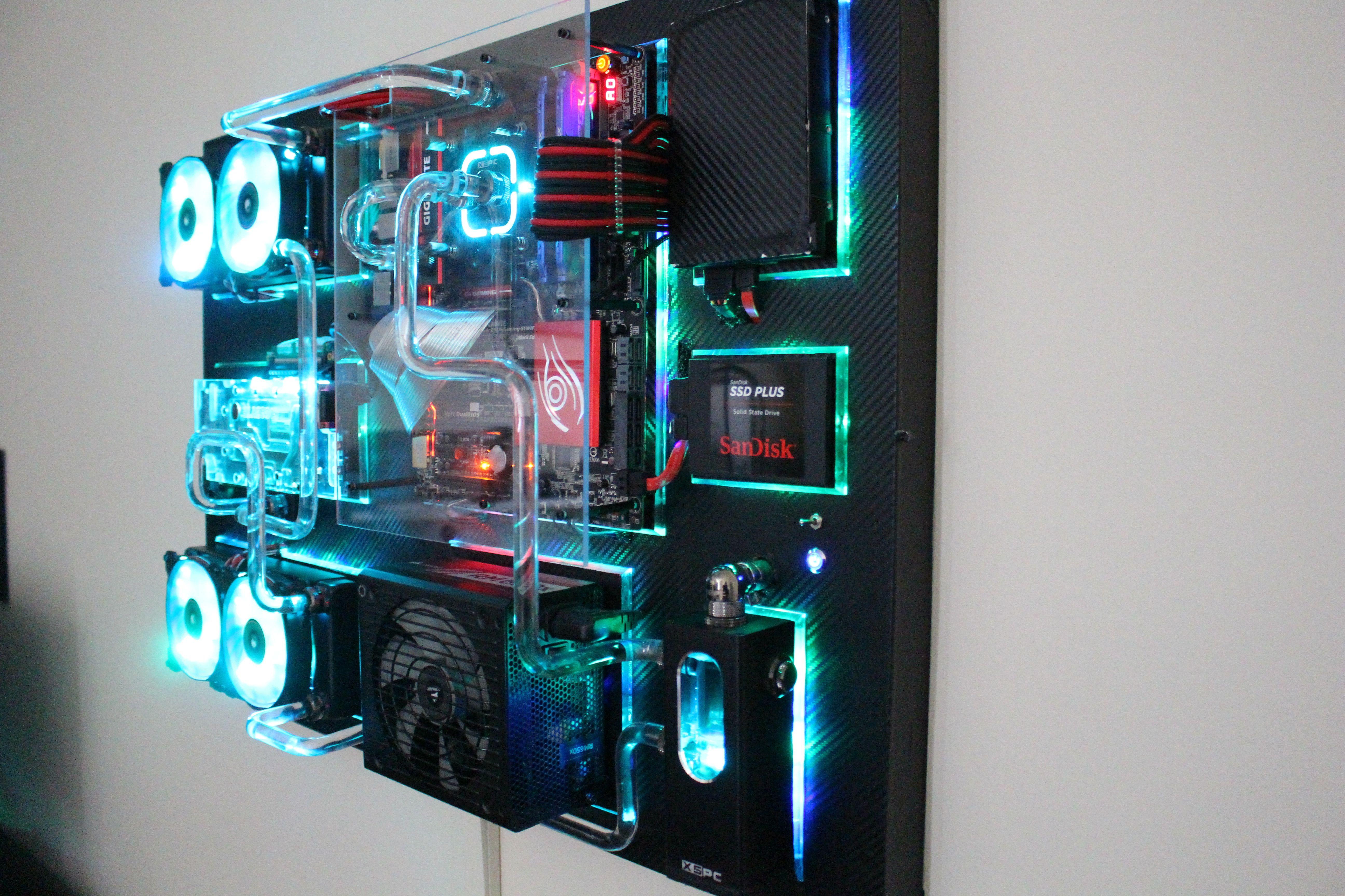 New Wall mounted PC | #Casemod | Pinterest | Wall mounted ...
