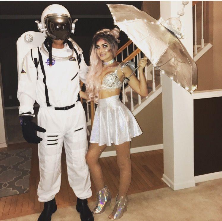 Alien and astronaut. Couples costume. Halloween   Couples ...