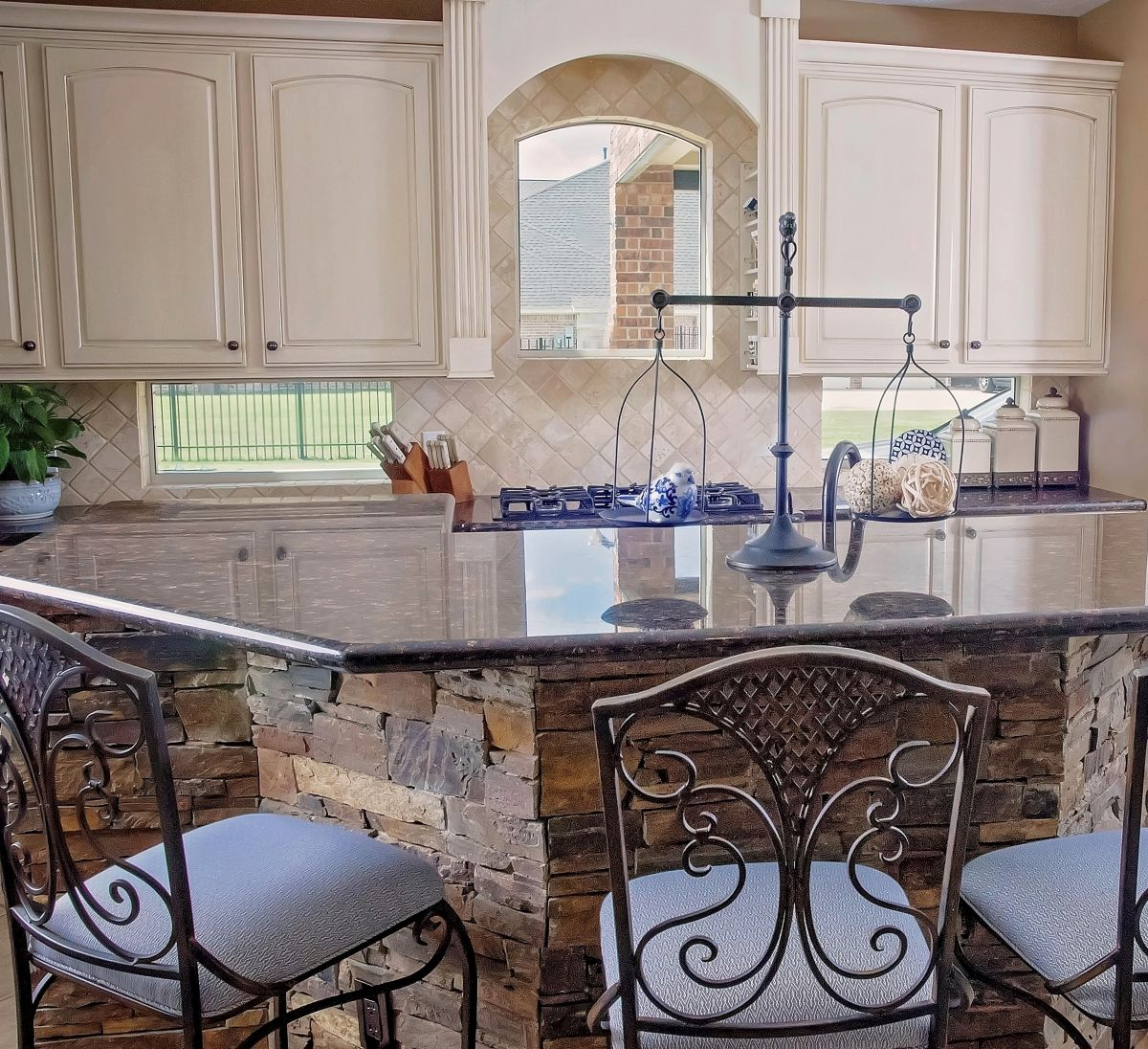 What Is The Right Cabinet For My Kitchen Kitchen Cabinet Design Kitchen Design Bathroom Construction