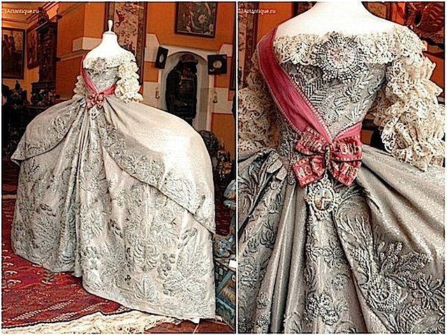 Photo of 1745 Catherine the Great wedding dress
