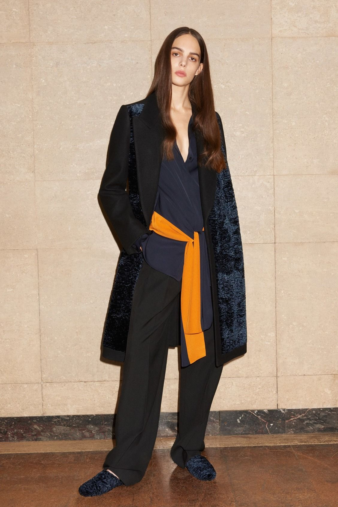 View the full Victoria Victoria Beckham Pre-Fall 2017 collection.