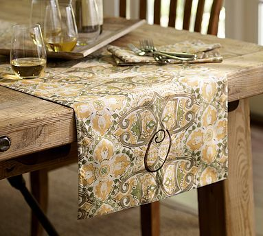Genevieve Floral Table Runner Definitely Her Style