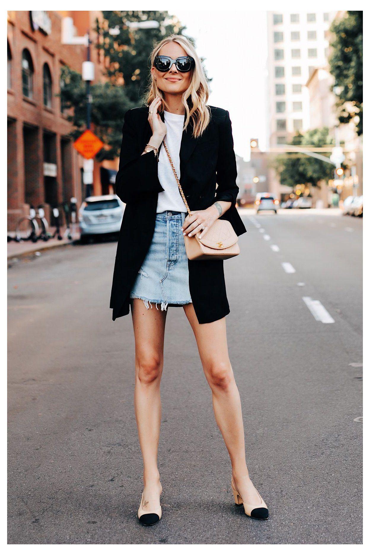 A Stylish Way to Wear a Denim Skirt oversized black denim ...