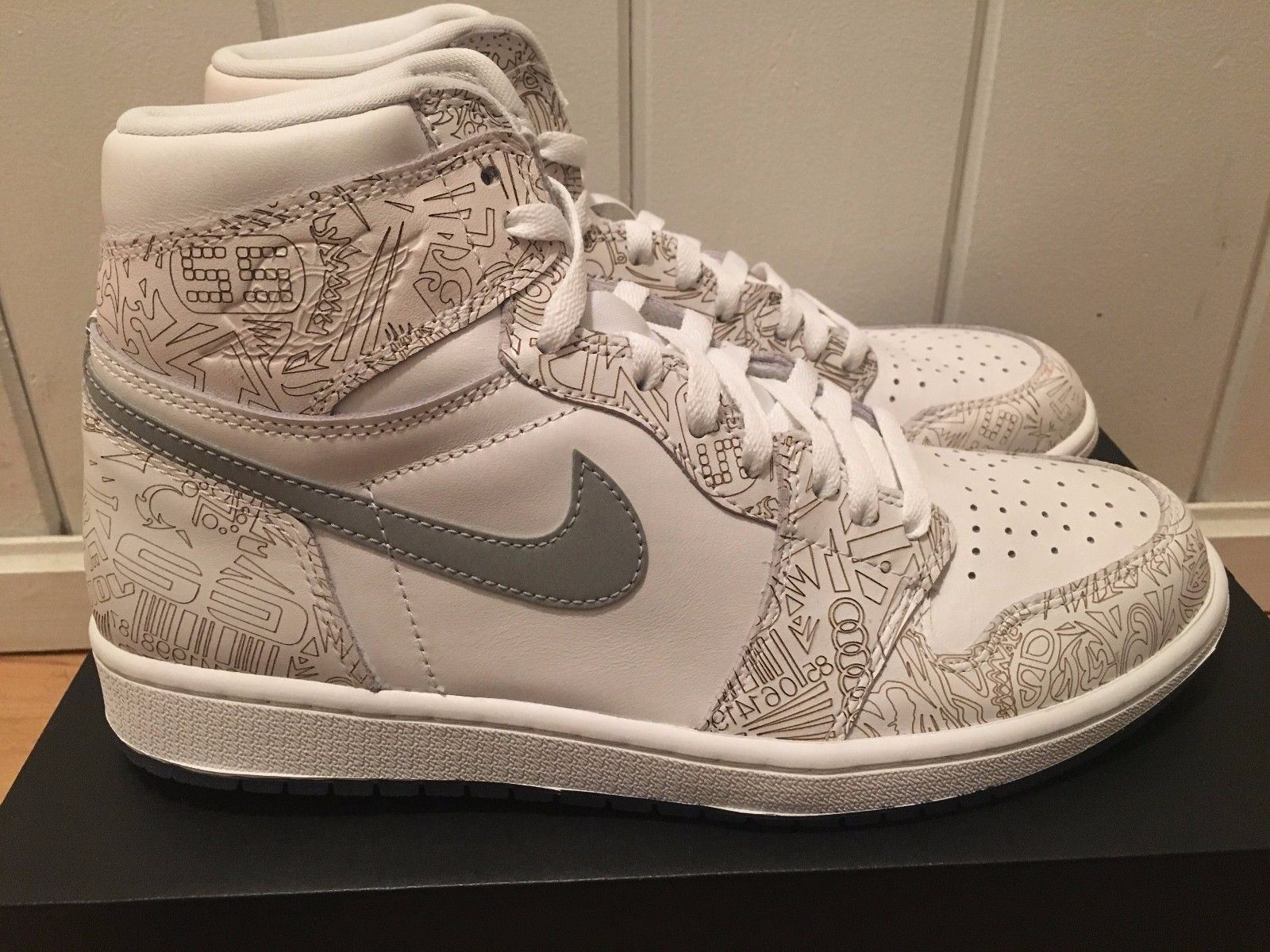 82c2e64d15a Air Jordan Retro 1 High OG Laser White Metallic Silver 705289 100 ...