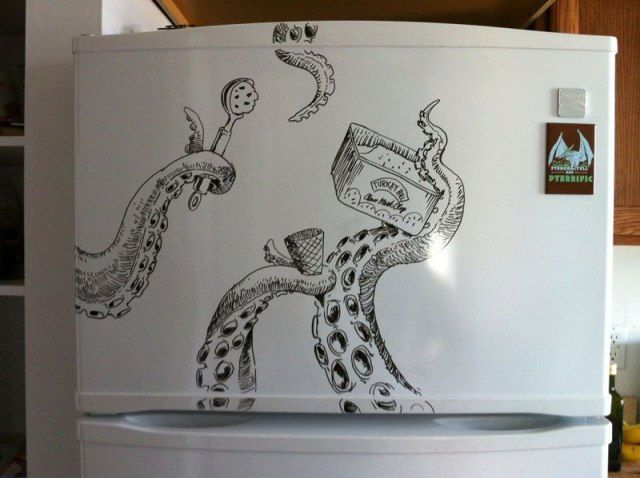Charlie Layton Decorates Refrigerators With Unbelievable Doodling Drawings.|FunPalStudio|Illustrations, Entertainment, beautiful, creativity, nature, Art, Artwork, Artist, drawings, paintings, Refrigerators, Doodling, Charlie Layton.