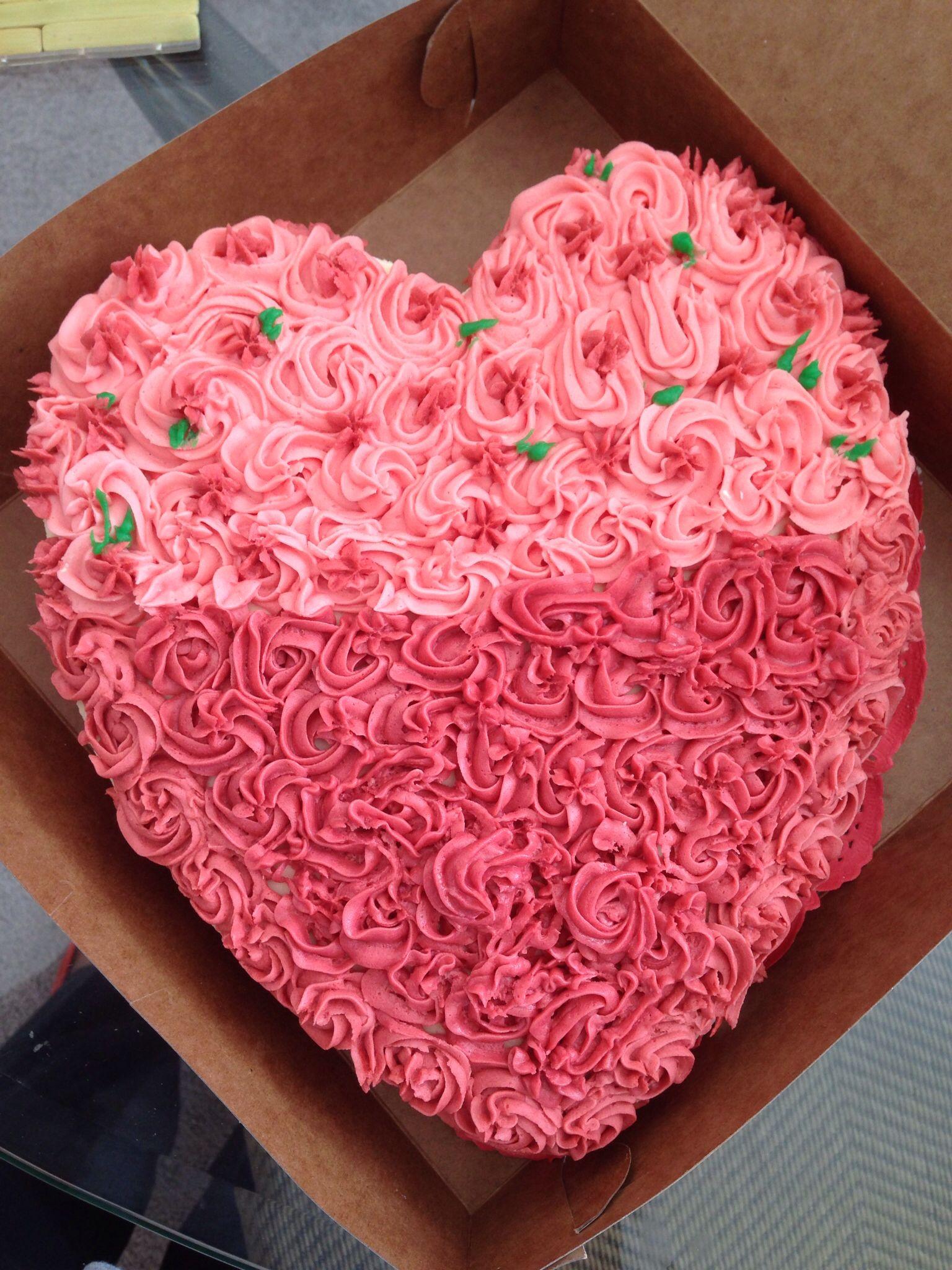 Valentins day cakes heart shaped cakes fondant