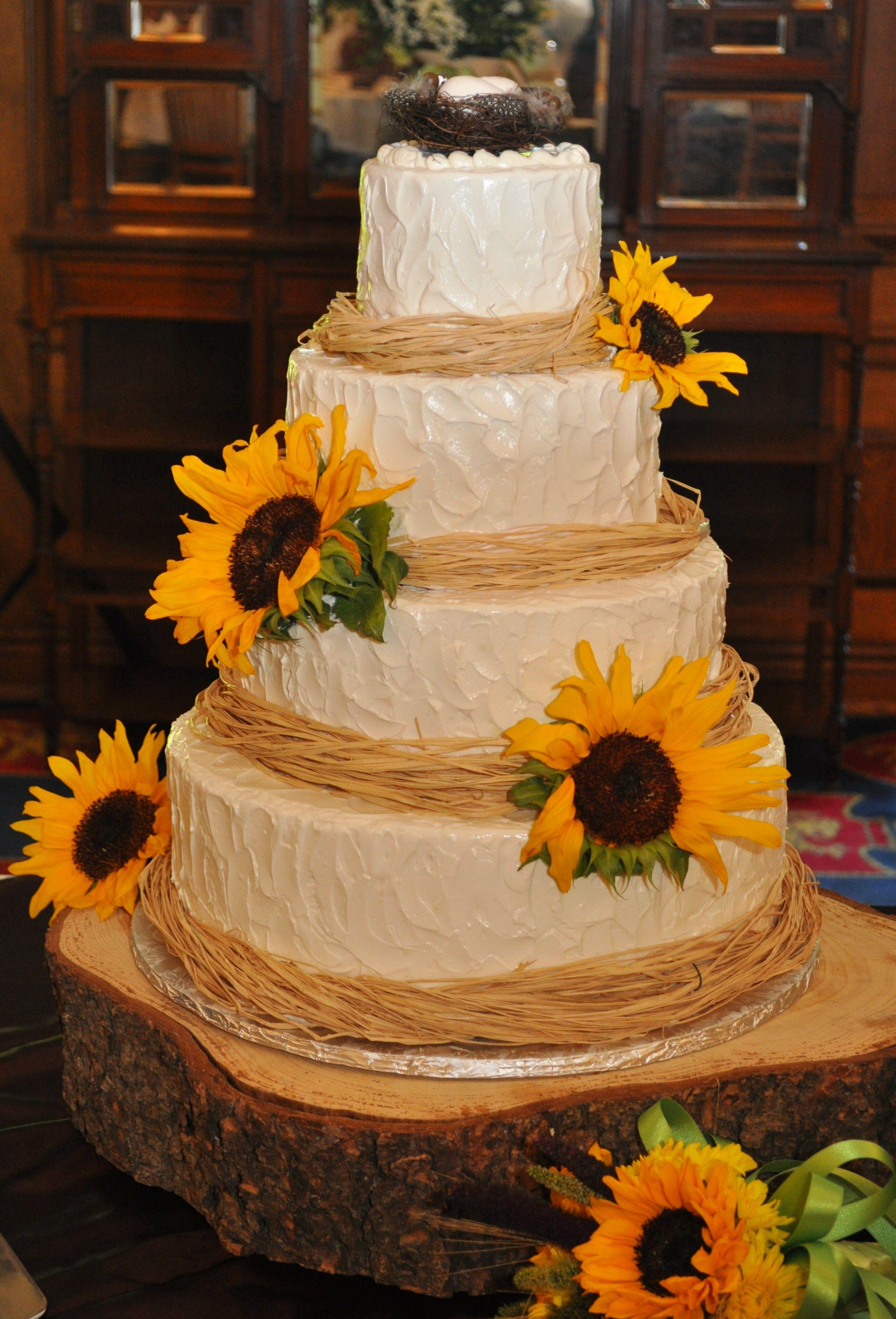 "Wedding cake w/ ""free style"", rustic, buttercream icing"