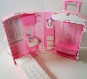 barbie suitcase house