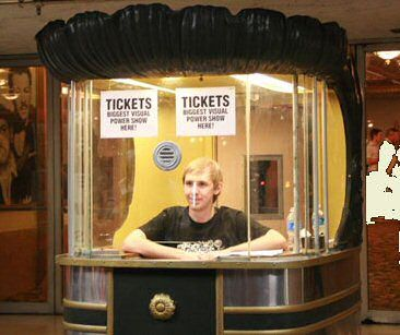 Ticket booth for the movies i used to do this at the center theater when i was in high school - Classement film box office ...