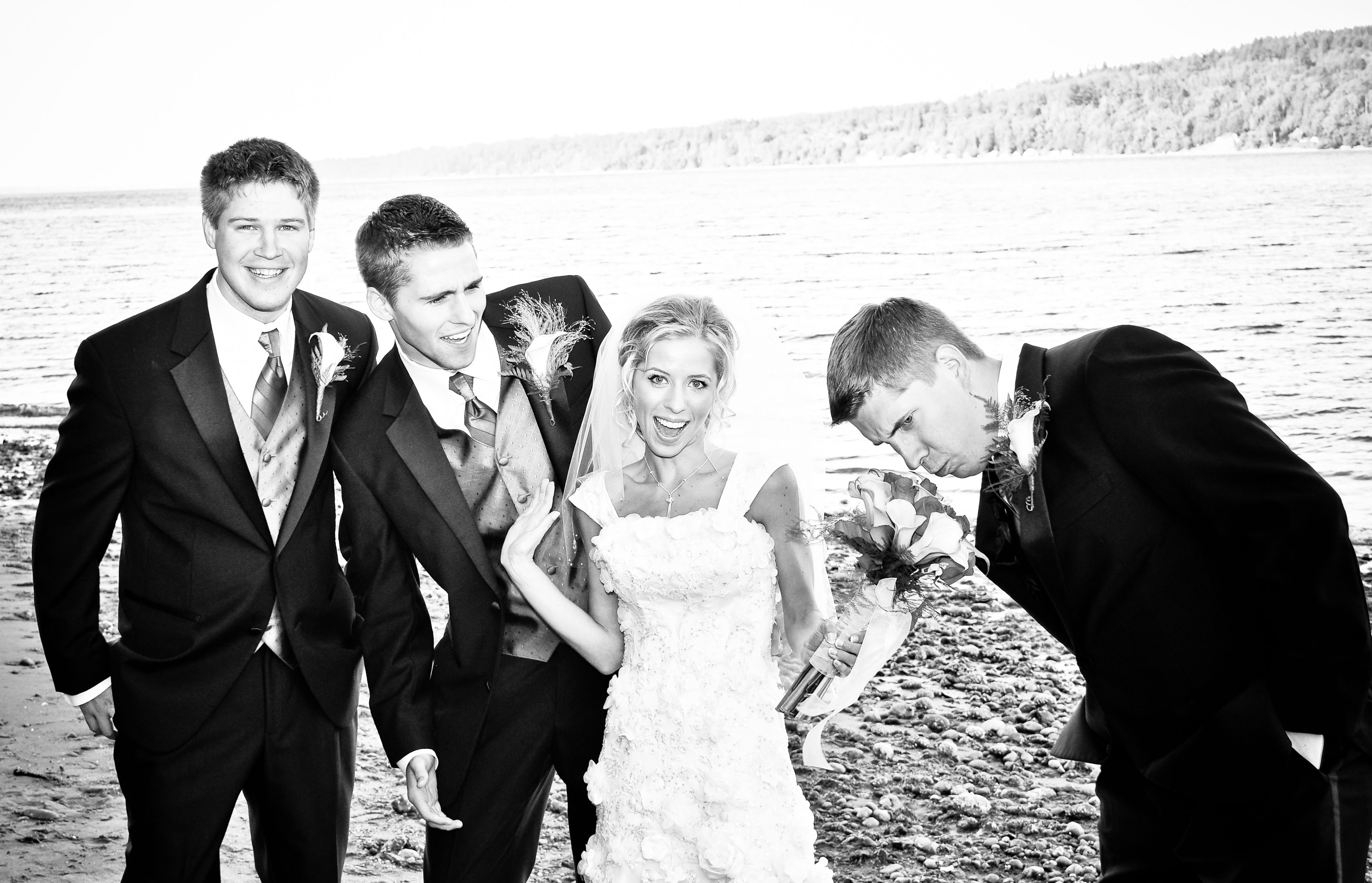 Cute!!   Wedding, Beachfront weddings, Places to get married