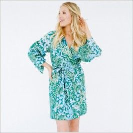 <p>Tousled wildflowers bedeck this stunning kimono sleeve style crossover robe with selftie sash and inner tie. On soft cotton voile, this beauty is perfect for the sweet unwind or the bloom of getting ready.</p> <ul> <li>100% cotton voile. Cotton voile is a featherweight cotton.</li> <li>Includes a matching sash.</li> </ul>