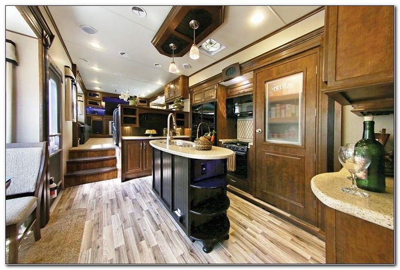 New 5th Wheel Campers With Front Living Room