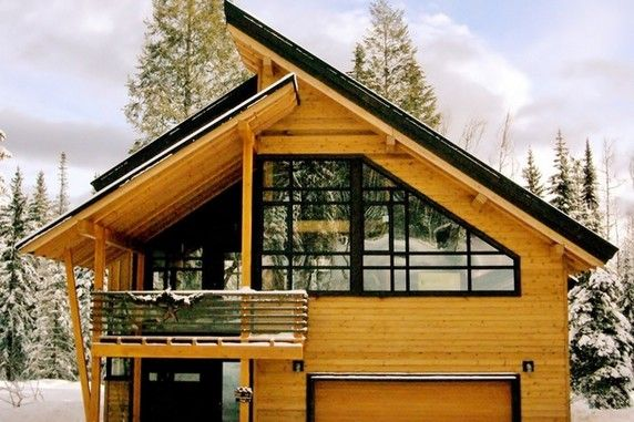 Luxury real estate in Golden Canada - Mountain Modern Chalet ...