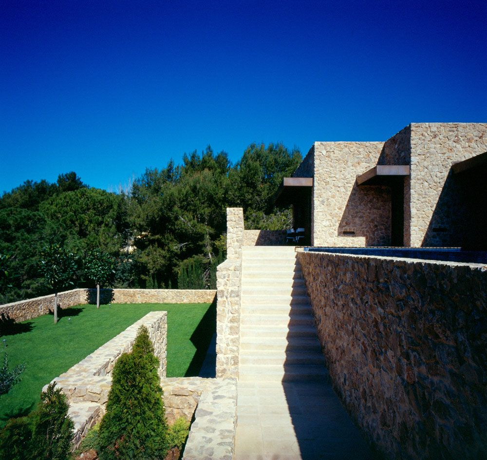 Vivienda en desnivel arquitectura pinterest ideas for Casa vivienda jardin pdf