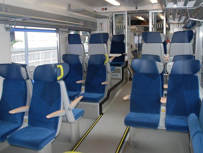 Intérieur et sièges du nouveau matériel d'Alstom Regiolis en Aquitaine