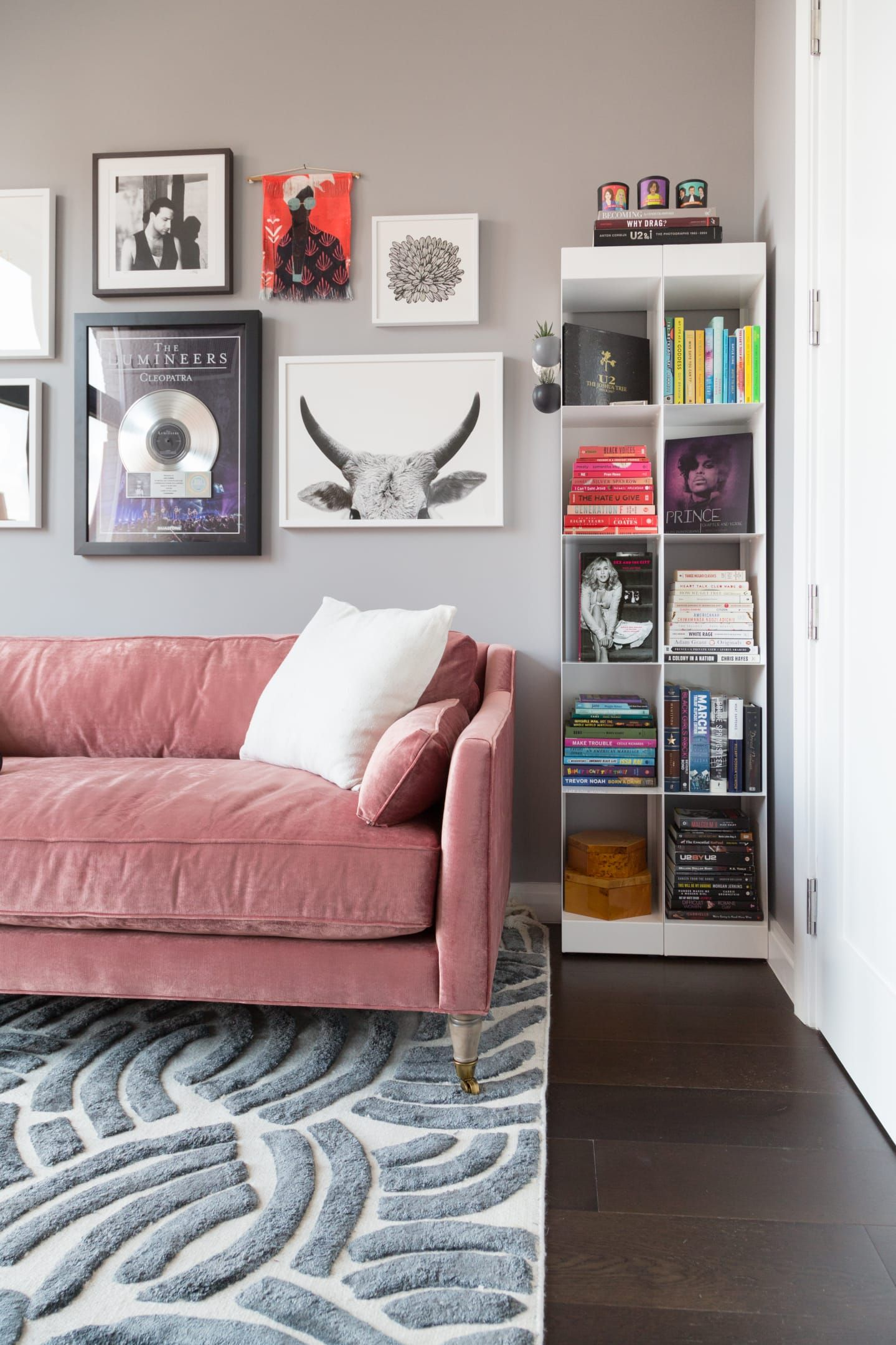 Phoebe Robinson Brooklyn Nyc Apartment Tour Therapy