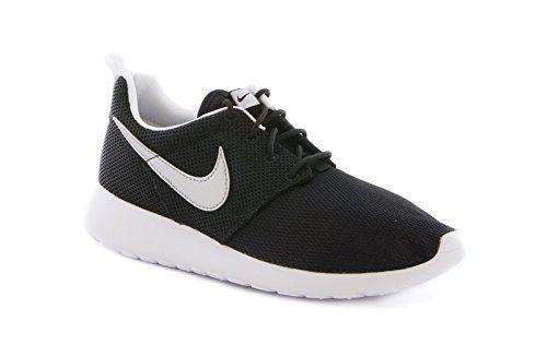Venta Barata De Italia Envío Libre Disfrutar Nike Rosherun (GS) Laufschuhe black-metallic silver-white-white - 36 4yramZOH4