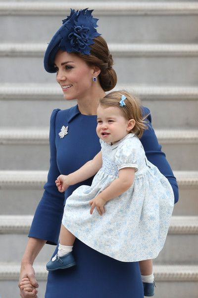 Catherine, Duchess of Cambridge and Princess Charlotte of Cambridge arrive at the Victoria Airport on September 24, 2016 in Victoria, Canada.  Prince William, Duke of Cambridge, Catherine, Duchess of Cambridge, Prince George and Princess Charlotte are visiting Canada as part of an eight day visit to the country taking in areas such as Bella Bella, Whitehorse and Kelowna.