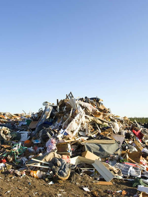 10 Places On Earth With A Giant Trash Problem Earth Around The Worlds Rubbish Dump