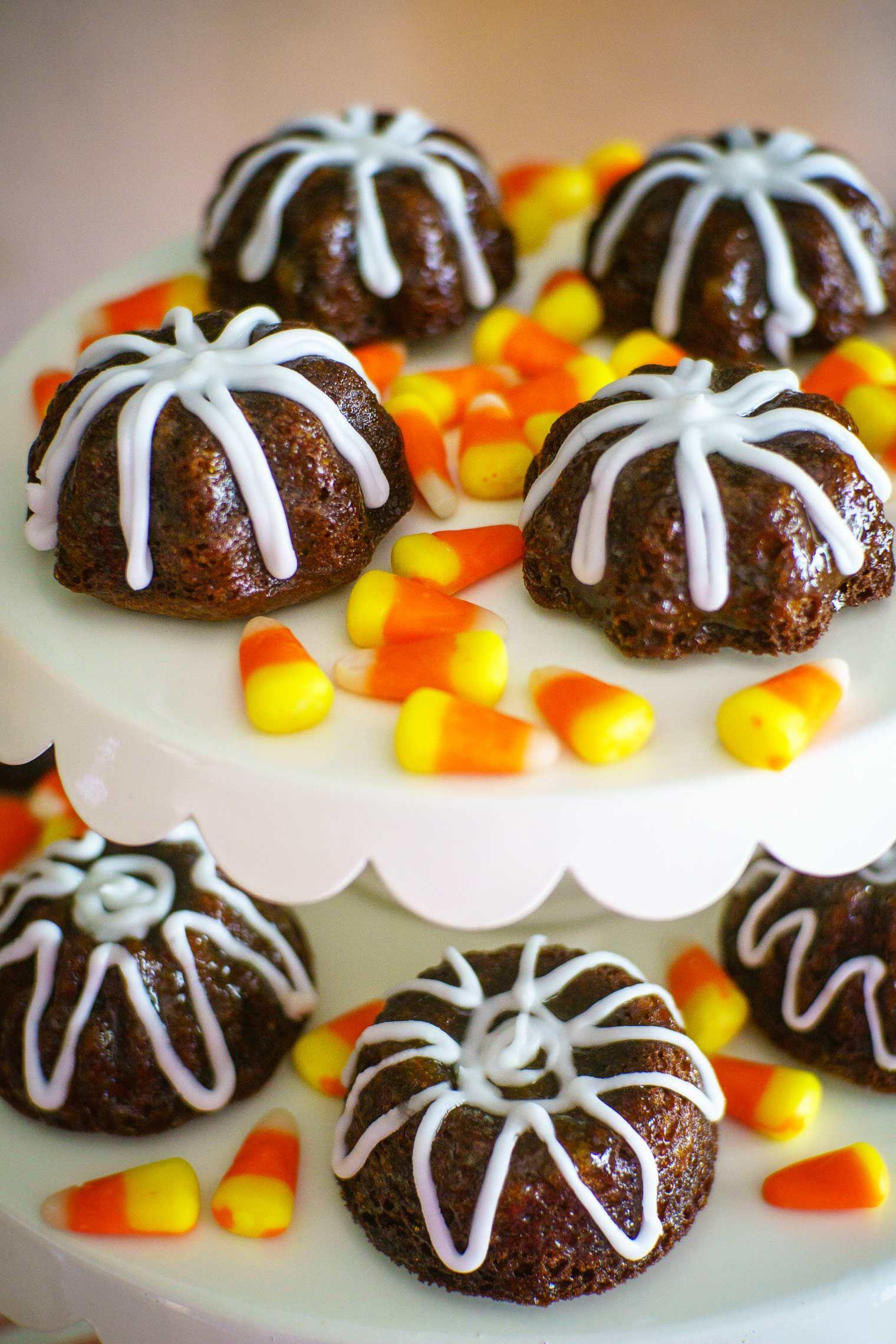 Gingerbread mini bundt cakes recipe cake gingerbread