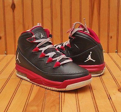 2e1a9b8b1acde4 Nike Air Jordan Air Deluxe Size 5Y - Black White Sport Fuchsia - 807714 009