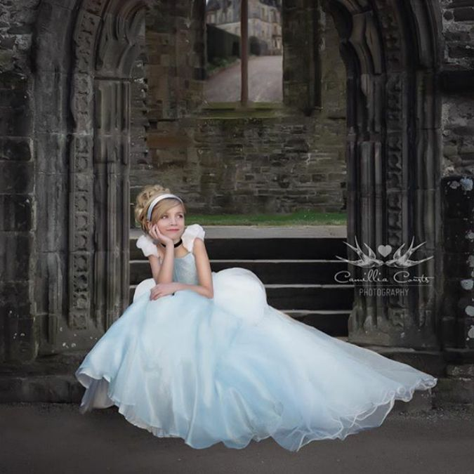 Девочка в образе Золушки в бальном платье | Сказочные ...