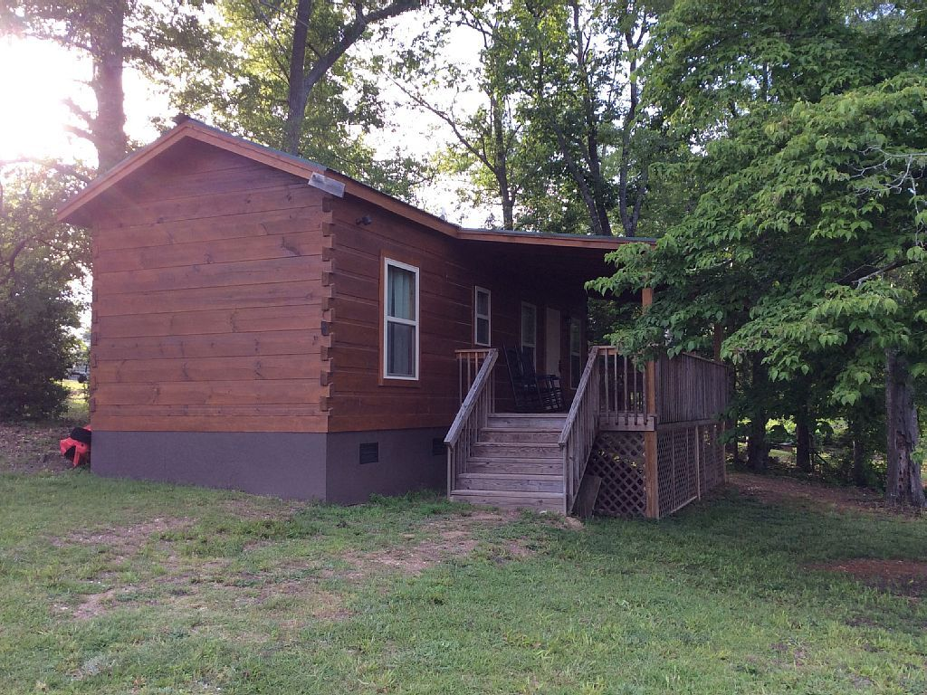 Cabin vacation rental in batesburgleesville from