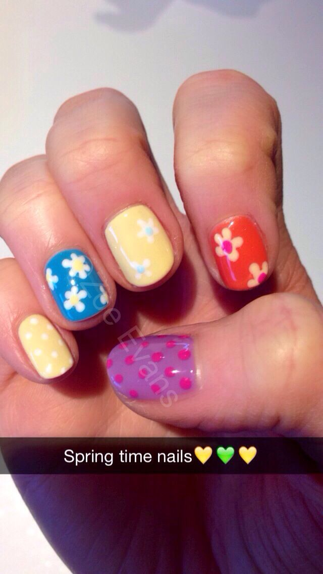 Spring time nails. All with cnd shellac : sun drenched, cerulean sea, dessert poppy, lilac longing, hot pop pink and cream puff.