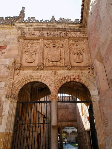 Eingang zum Patio Chico, Salamanca. # Boy #Eintritt #Patio #Salamanca
