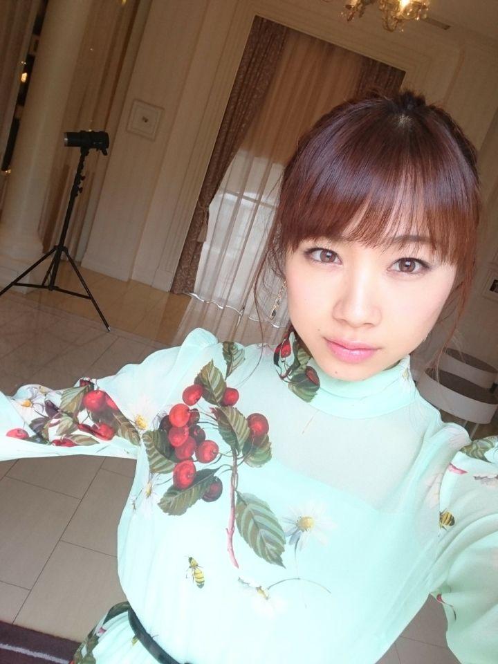 あらあらかしこでの石田亜佑美の衣装の画像