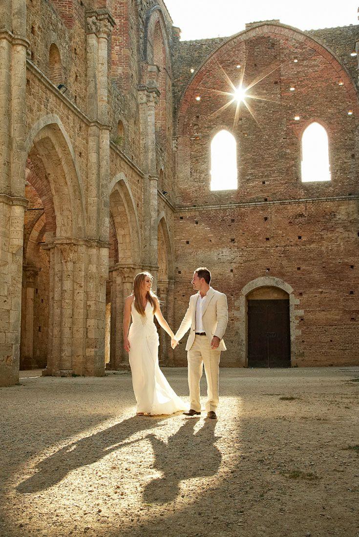 San Galgano Abbey Wedding Chiusdino Italian Wedding Photographer Outdoor Wedding Venues Rustic Italian Wedding Italian Wedding
