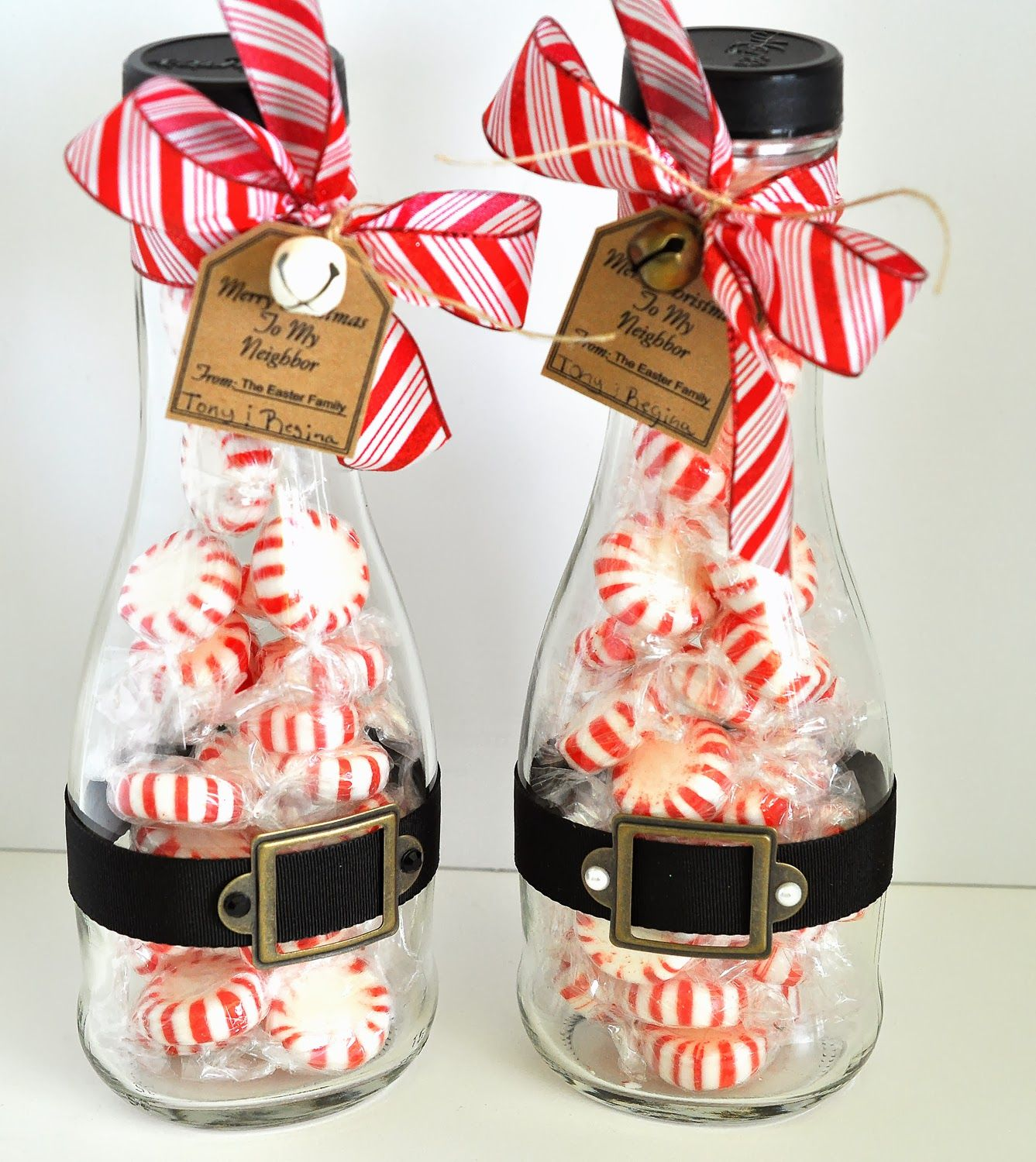 26 perfect neighbor gift ideas for christmas peppermint perfect 26 perfect neighbor gift ideas for christmas negle Images