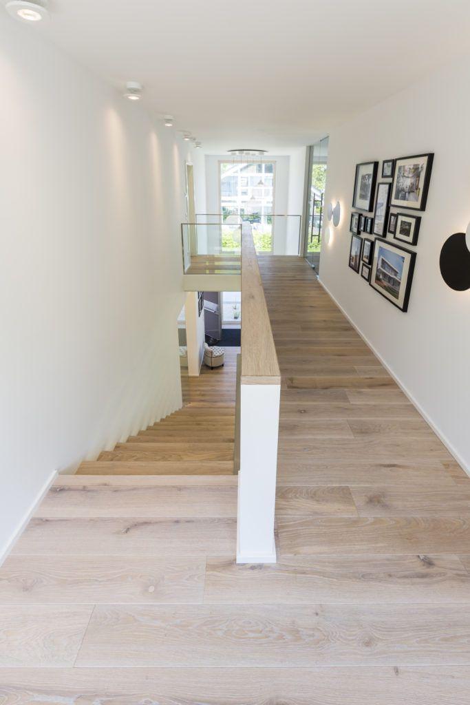 ARKITURA – Musterhaus im modernem BauhausstilArkitura – Flur ideen