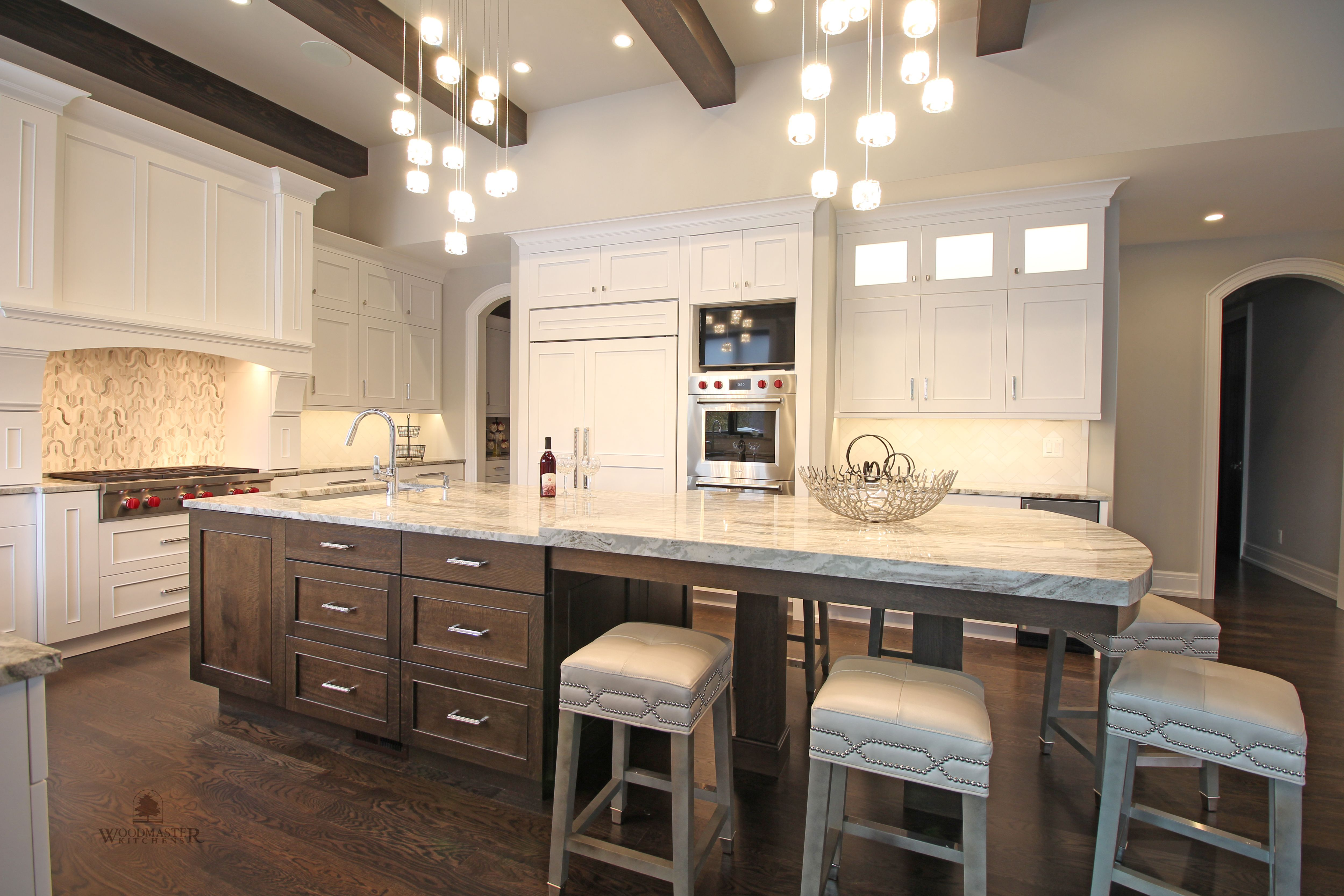 This Transitional Kitchen Design Combines Amazing Stylish And Practical Features In One Space Transitional Kitchen Design Kitchen Design Transitional Kitchen