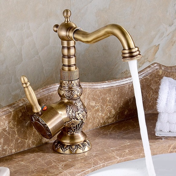 68.99$  Watch here - http://aliszd.shopchina.info/go.php?t=32807091317 - Deck Mounted Single Handle Bathroom Sink Mixer Faucet Antique bronze high quality popularHot and Cold Water 68.99$ #bestbuy