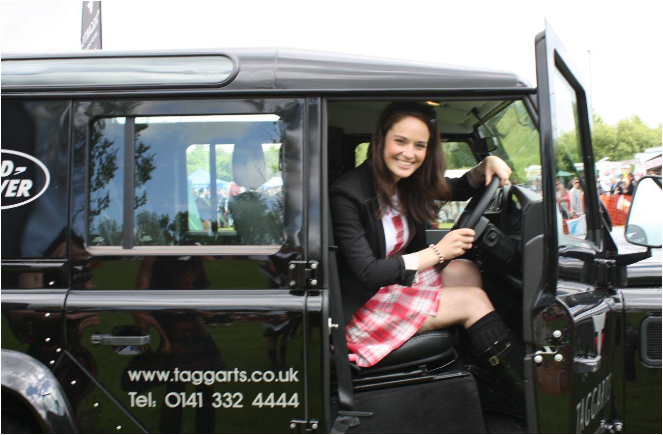 Land Rover Girl