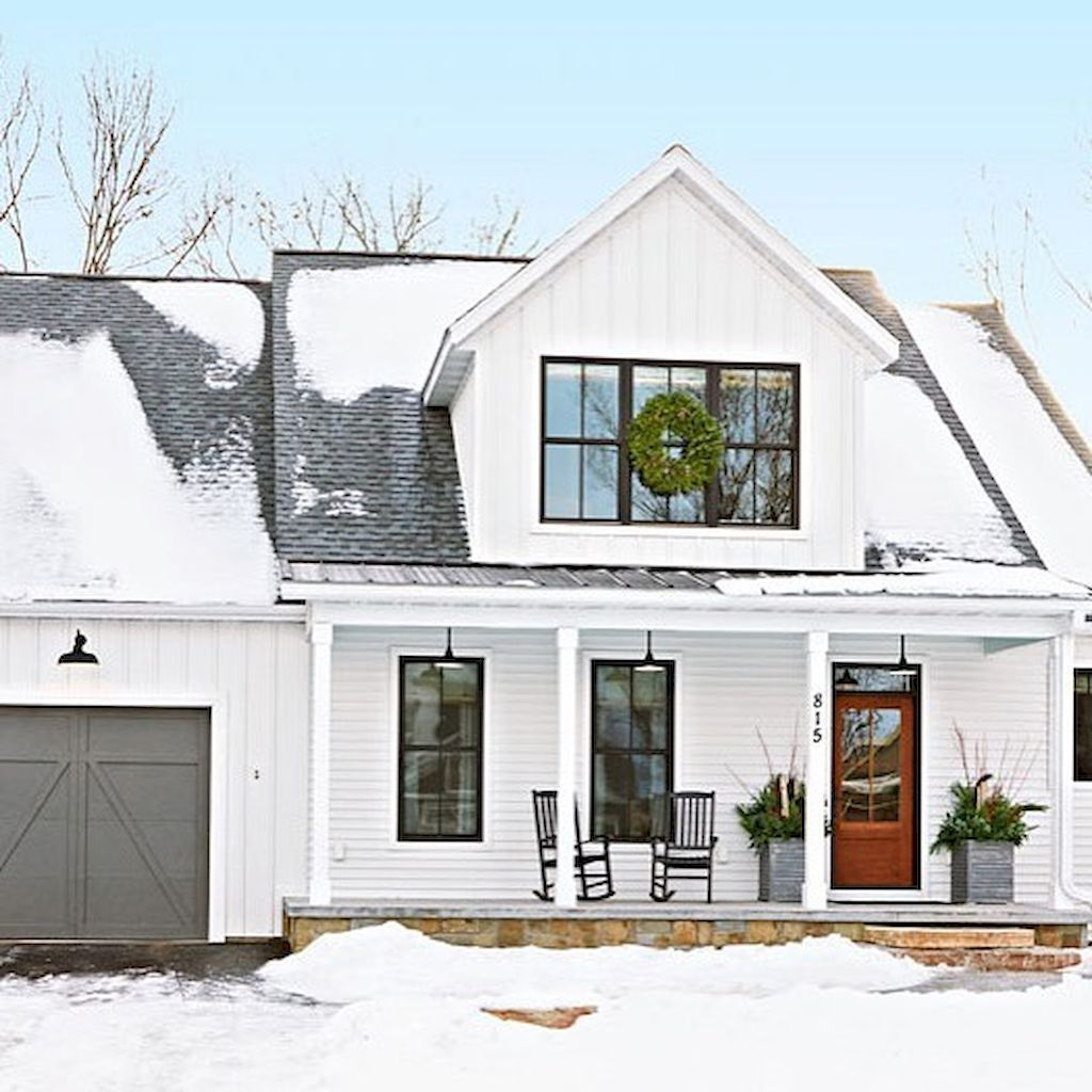 70 stunning farmhouse exterior design ideas (29) Black window frames ...