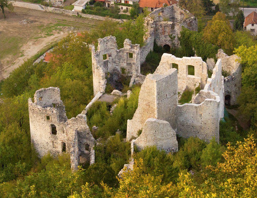 Samobor In Beginning Of 16th Century Samobor Castle Became Property Of Frankopan Familly Castle Croatia Samobor