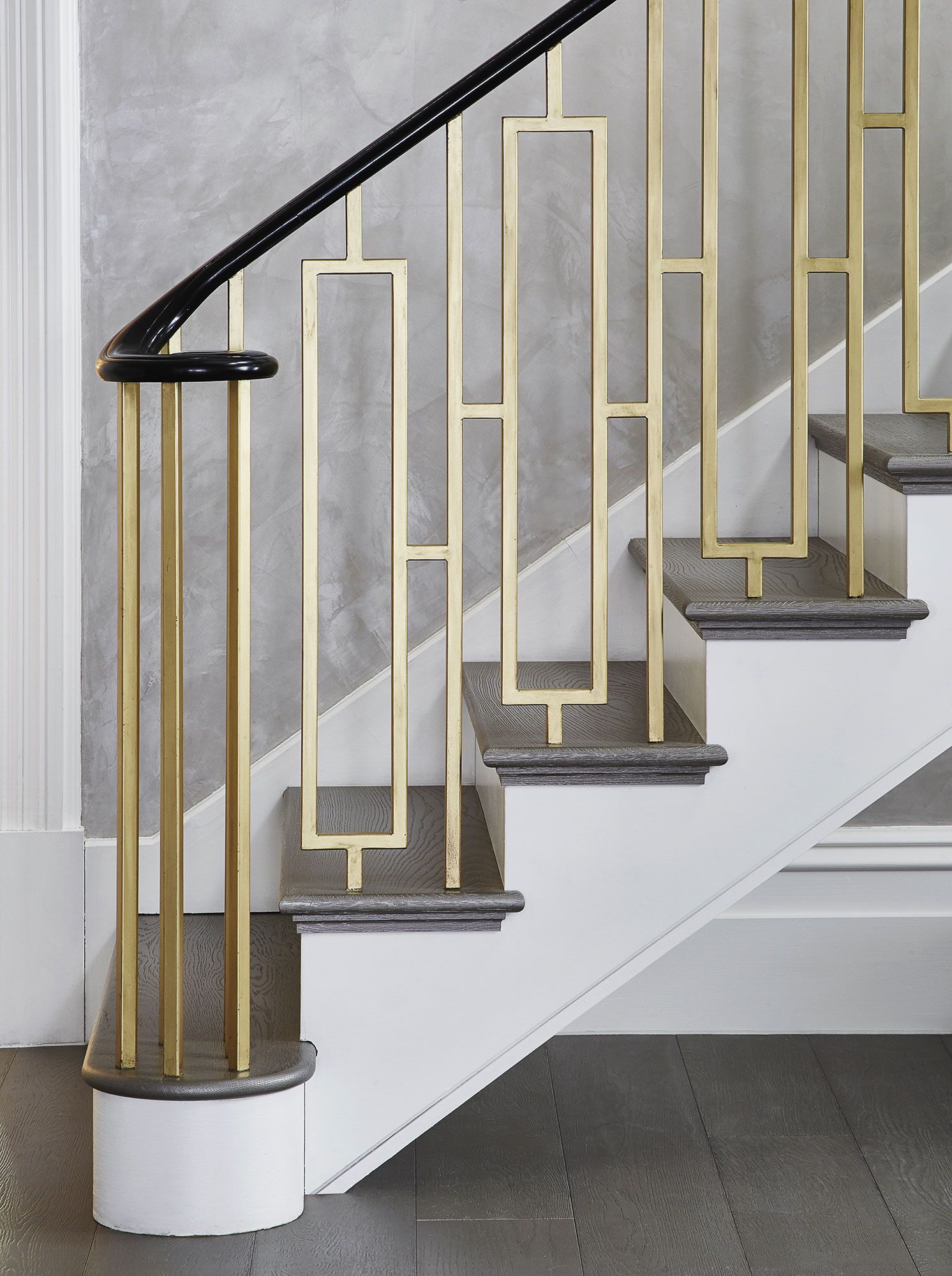 Best South Kensington Duplex Studio Vero Stair Railing 400 x 300