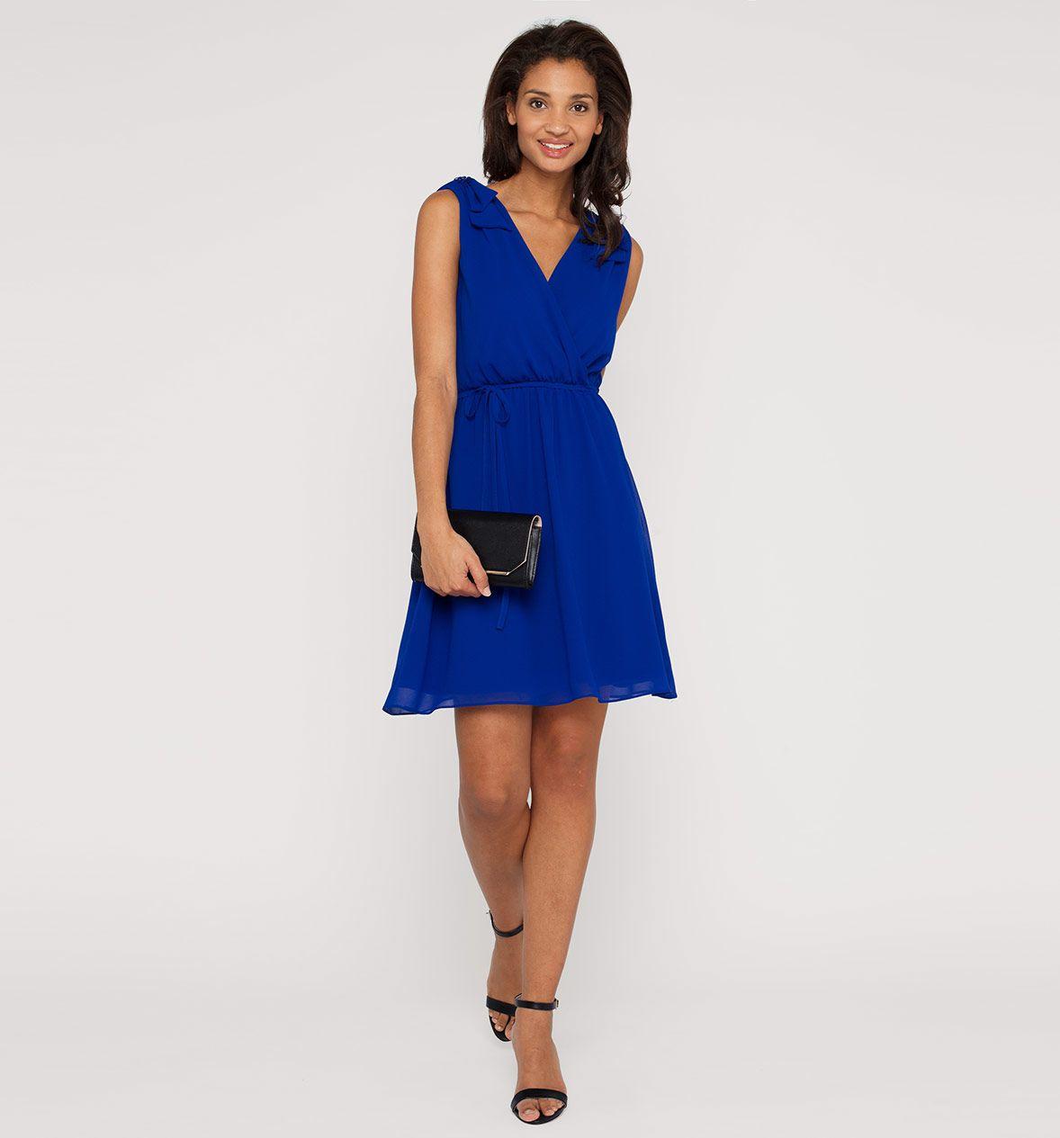 abendkleid in blau blaue kleider pinterest. Black Bedroom Furniture Sets. Home Design Ideas