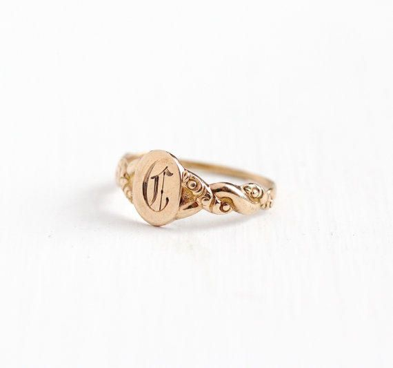 Antique 10k Rosy Yellow Gold Old English Letter C Signet Baby Ring Vintage 1910 Size 4 Initial Monogrammed F Gold Bar Pendant Baby Gold Rings Vintage Rings