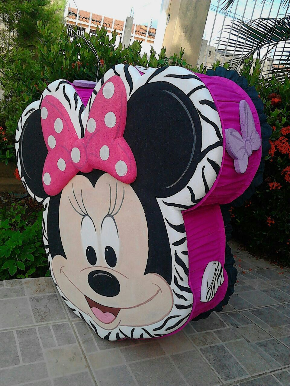 Piñatas~Minnie Mouse Piñata ❤ Minnie Mouse❤ | piñatas ...